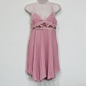 Vintage Baby Doll Embroidered Pleated Dress S